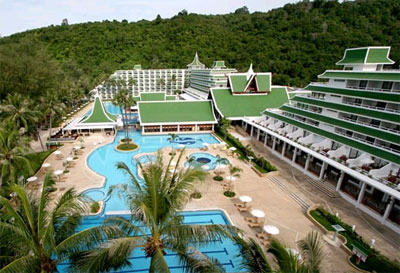 Le Meridien Phuket Beach Resort & Spa