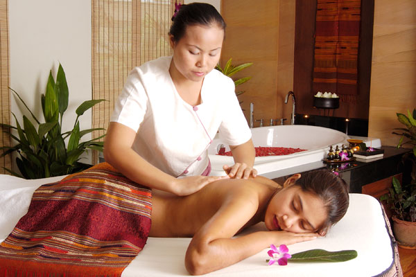 thai massage københavn nøgne kvinder med former